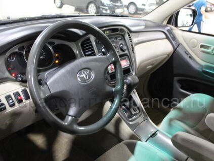 Toyota Highlander 2001 года в Москве