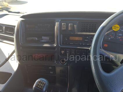 Фургон Nissan DIESEL UD 2001 года во Владивостоке