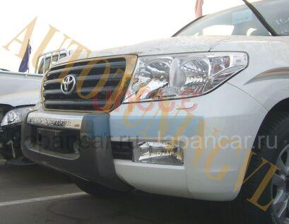 Накладки на передний бампер на Toyota Land Cruiser во Владивостоке