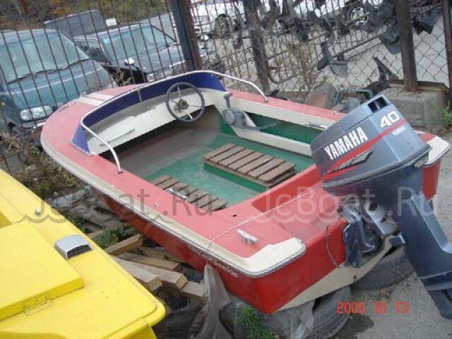 лодка пластиковая YAMAHA 1990 года
