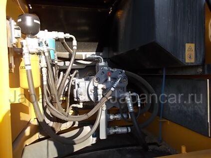 Экскаватор KATO HD820V 2012 года в Японии