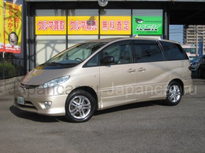 Toyota Estima 2004 года в Японии