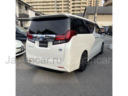 Toyota Alphard Hybrid 2016 года во Владивостоке
