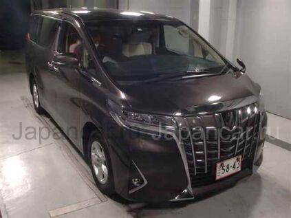 Toyota Alphard 2018 года во Владивостоке