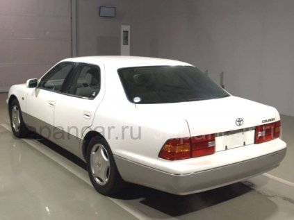 Toyota Celsior 1997 года во Владивостоке
