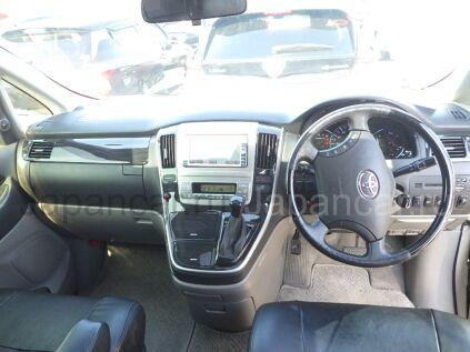 Toyota Alphard 2005 года во Владивостоке