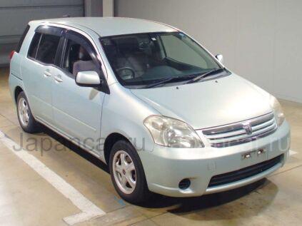 Toyota Raum 2004 года во Владивостоке
