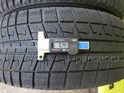 Зимние шины Bridgestone Blizzak revo2 215/45 17 дюймов б/у во Владивостоке