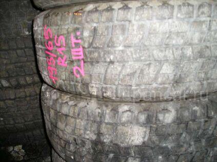 Зимние шины Bridgestone Blizzak mz01 205/65 15 дюймов б/у во Владивостоке