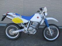 мотоцикл SUZUKI DR250R
