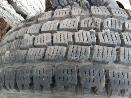 Зимние шины Yokohama 205/70 175 дюймов б/у во Владивостоке