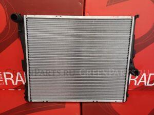 Радиатор двигателя на Bmw X3 E83N N52N