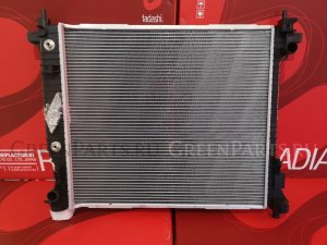Радиатор двигателя на Cadillac SRX 3.6 V6
