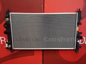 Радиатор двигателя на Opel Astra J P10