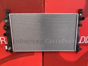 Радиатор двигателя на Opel Astra J