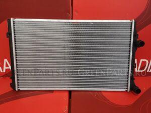 Радиатор двигателя на Skoda Octavia 1Z3