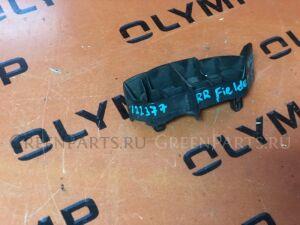 Крепление бампера на Toyota Corolla Fielder NZE121