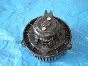 Мотор печки на Toyota Avensis AZT250 87103-02070