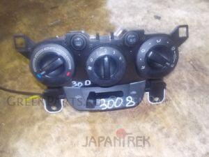 Блок управления климат-контролем на Mazda Demio DE3FS ZJ 117194