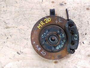 Ступица на Nissan Serena C25 MR20DE 40014CY000