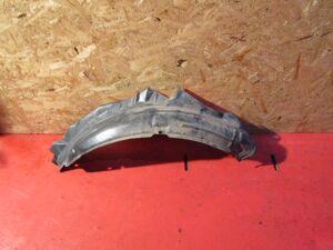Подкрылок на Nissan Cedric Y34 VQ25DD 711550