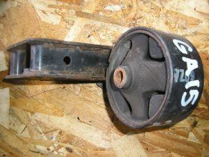 Подушка двигателя на Nissan GA15DE