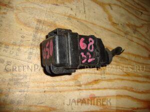 Блок предохранителей на Honda Stream RN9 R20A 6832