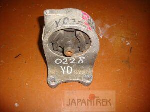 Подушка двигателя на Nissan Ad VENY11 YD22 0228