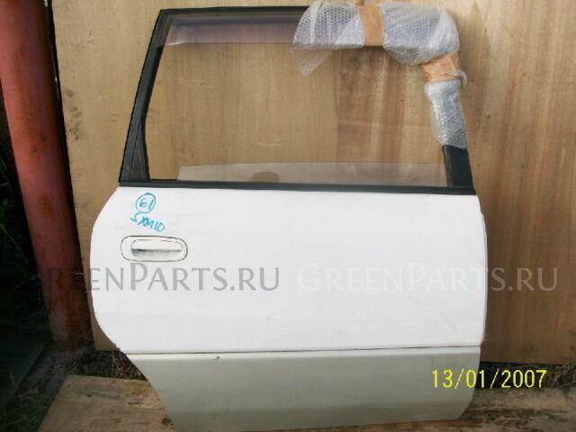 Дверь на Toyota Ipsum SXM10