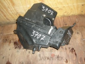 Корпус воздушного фильтра на Nissan X-Trail NT30 QR20