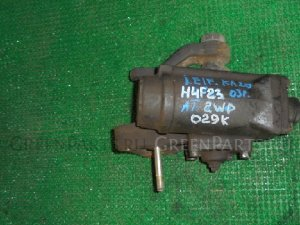 Рулевой редуктор на Nissan Atlas H4F23