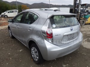 Блок подрулевых переключателей на Toyota Aqua NHP10