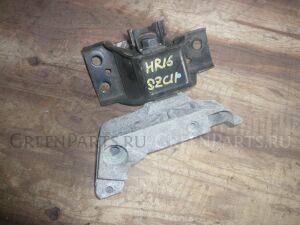 Подушка двигателя на Nissan Tiida C11 HR16