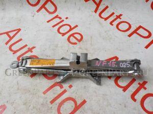 Домкрат на Nissan Juke NF15/F15
