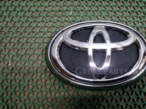 Эмблема на Toyota HILUX PICK UP / HILUX GUN126L, GUN125L, GUN125R, GUN135L 75310-0K010