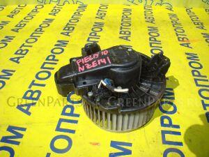 Мотор печки на Toyota Fielder NZE141
