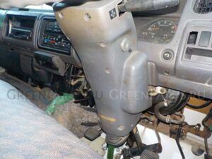 Кожух рулевой колонки на Nissan Atlas P8F23 TD27