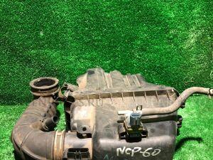 Корпус воздушного фильтра на Toyota Ist NCP60 2NZ-FE 17700-21050