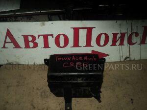 Блок предохранителей на Toyota Liteace Noah CR50 3C-TE 82661-28240