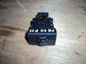 Кнопка корректора фар на Toyota Prius NHW20 1NZ FXE