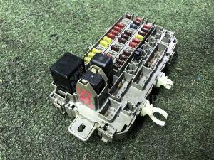 Блок предохранителей на Honda CR-V RD1 B20B 38200-S10-901