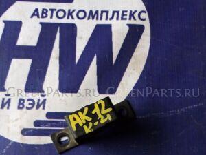 Крепление глушителя на Nissan March AK12 CR12