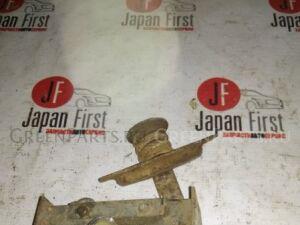 Крепление запаски на Nissan Atlas F23