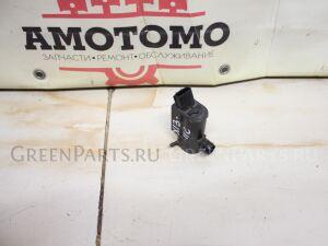 Насос омывателя стекла на Toyota Vitz SCP10; SCP13; NCP10; NCP15; NCP13 1SZ-FE