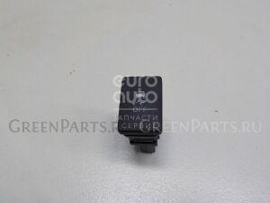 Кнопка на Toyota RAV 4 2013- 8498842080