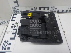 Ручка двери на VW Transporter T5 2003-2015 7H0829309
