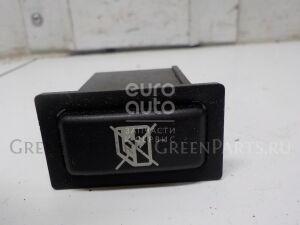 Кнопка на Toyota Celica (ZT23#) 1999-2005 8482120020