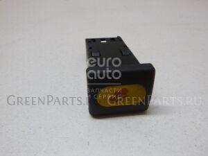 Кнопка на Land Rover Discovery II 1998-2004 YUG000740PUY