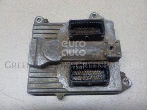 Блок управления двигателем на Opel Zafira B 2005-2012 6235364