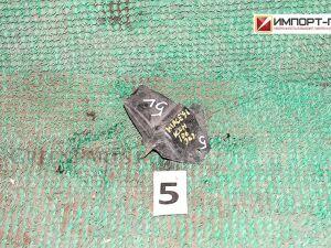 Отбойник рессоры на Toyota Hiace KZH106 1KZTE